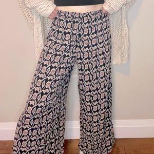 Brandy Melville wide leg pants